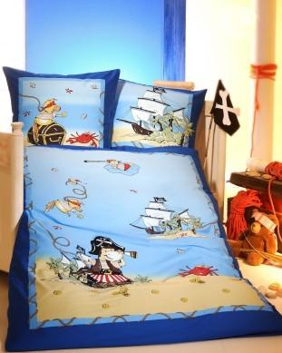 kinderbettw sche so kommen auch die kleinen ganz gro raus. Black Bedroom Furniture Sets. Home Design Ideas